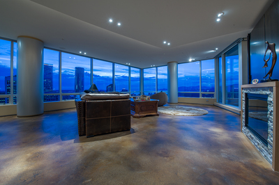 Coal Harbour Coal Harbour Condo for sale: The Shaw Tower 2 bedroom  (Listed 2015-10-18)