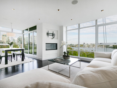 Yaletown Custom Yaletown Waterfront Condo for sale: The Waterford 1 bedroom 1,172 sq.ft. (Listed 2017-02-01)