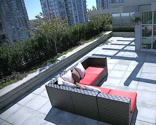 PH 703-546 Beatty Street (Patio) - Crosstown Vancouver #4