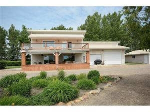 None House for sale:  2 bedroom 2,042 sq.ft. (Listed 2017-06-22)