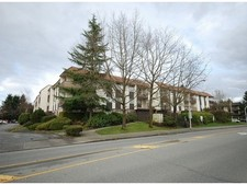 East Newton Condo for sale:  2 bedroom 861 sq.ft. (Listed 2013-03-01)
