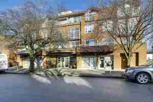 Kerrisdale Condo for sale:  2 bedroom 1,420 sq.ft. (Listed 2017-03-09)