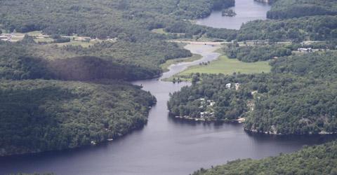 Lake Manitouwabing cottages