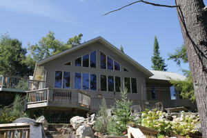 Horn lake Waterfront home/cottage for sale:  3 = 2 bedroom  2,068 sq.ft.