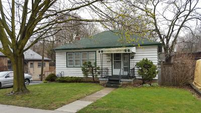 Glenview, Lincoln, Oak  House for sale:  2 bedroom 832 sq.ft. (Listed 2016-04-27)