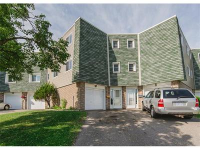 Laurentian Hills/Country Hills Townhouse for sale:  3 bedroom 1,548 sq.ft. (Listed 2016-06-17)