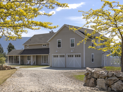 Armstrong House and Acreage for sale: 5 bedroom 3,748 sq.ft. Armstrong, BC Real Estate