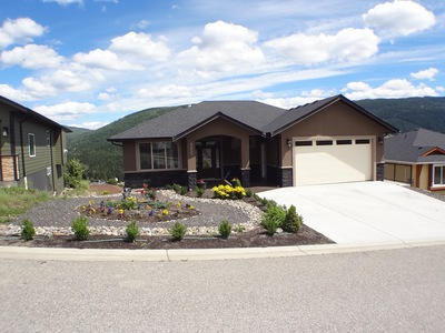Foothills House for sale: Silver Ridge Developments 4 bedroom 3,256 sq.ft. Vernon, BC Real Estate