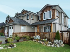 Gibsons House for sale:  3 bedroom 2,460 sq.ft. (Listed 2012-11-30)