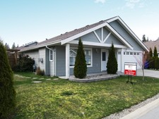 West Sechelt Bungalow for sale:  3 bedroom 1,305 sq.ft. (Listed 2013-01-25)