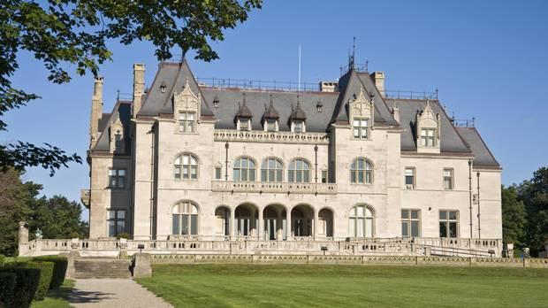 mansion+-+istock.JPG