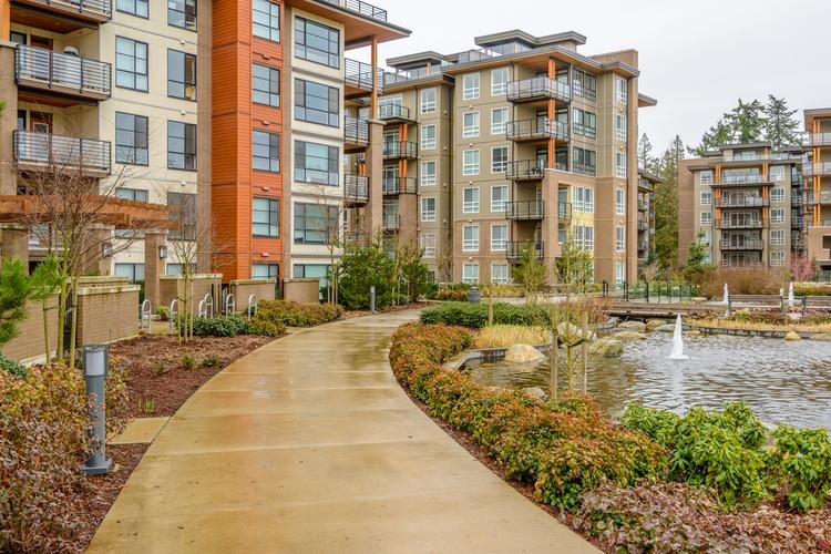 vancouver_apartments_shutterstock.jpg__0x500_q95_autocrop_crop-smart_subsampling-2_upscale.jpg