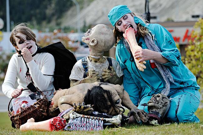 zombie picnic.jpg