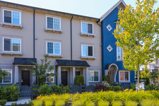 Clayton Townhouse for sale: Hillcrest Townhomes 2 bedroom 1,189 sq.ft. (Listed 2014-06-19)